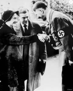 Edouard VIII rencontra Hitler en 1937, et déclara des années plus tard qu'ils n'avait