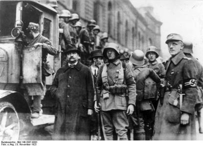 Déjà en 1923, les Nazis tentaient un putsch militaire pour mettre Hitler au pouvoir. Mais en 1933, on ne savait pas ?