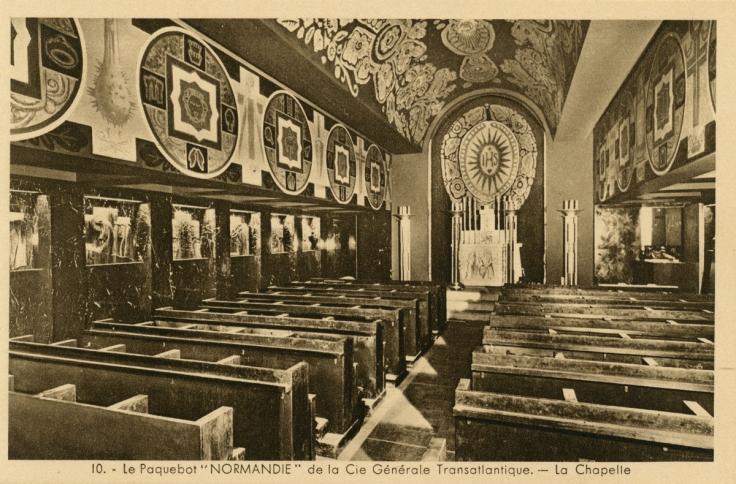 L'immense chapelle du Normandie : consacrer un tel espace au culte sur un paquebot était inédit.