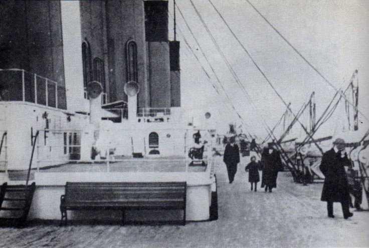Vue des canots arrière du Titanic